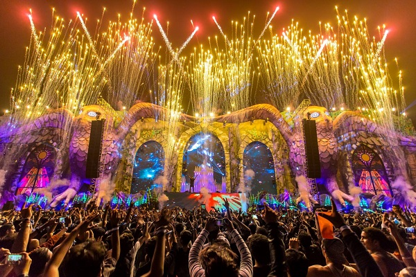 EDC India Review: An Estimated INR 12-16 Cr. Game Changer for Indian EDM Market