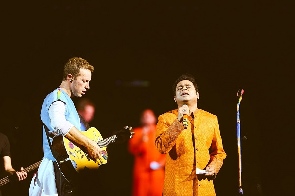 Wizcraft Makes India Proud; Recreates History with Coldplay in 2016 after MJ in 1996