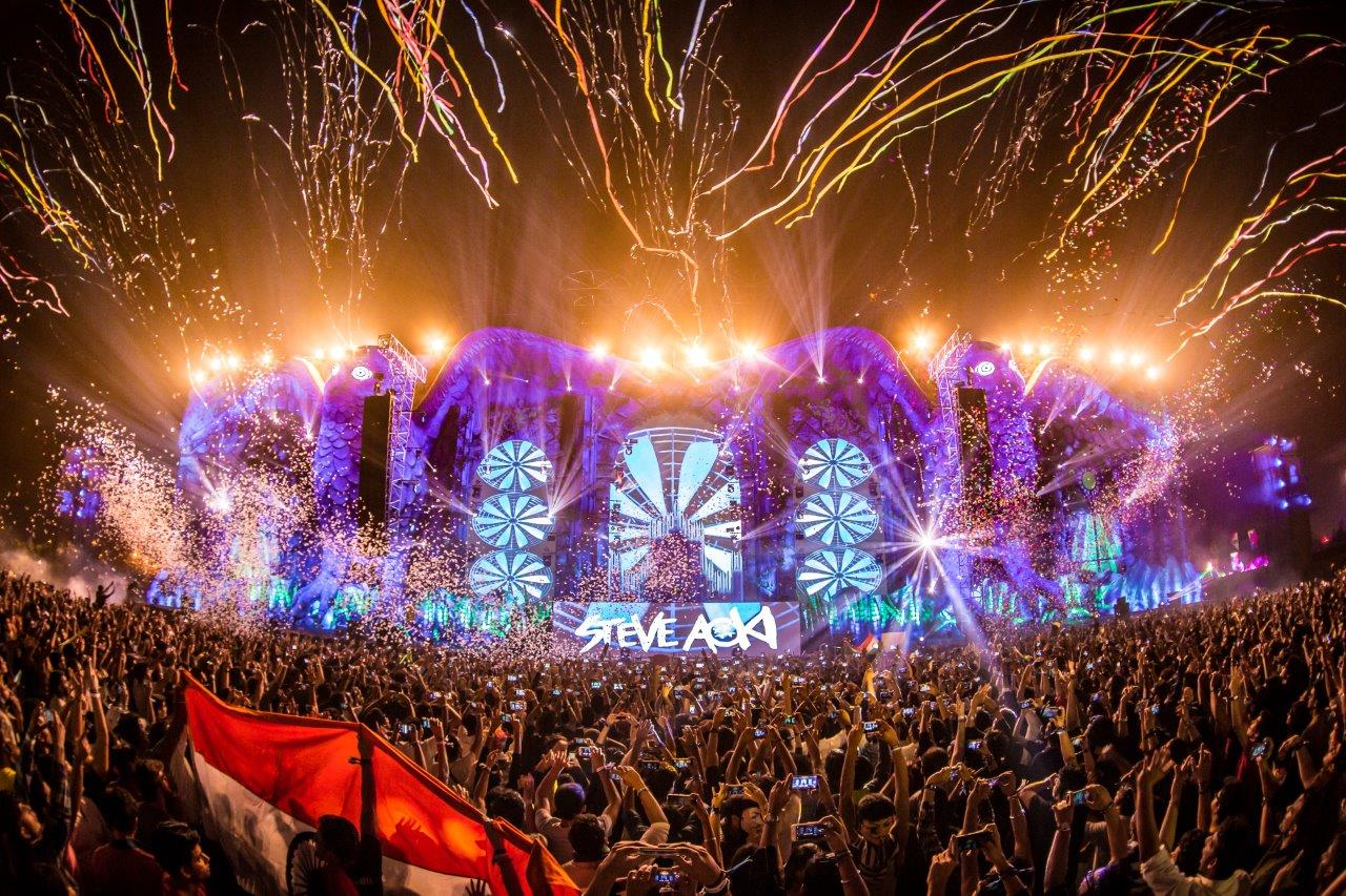25,000 Fans Attend First Edition of 'Budweiser Presents Electric Daisy Carnival' (EDC)
