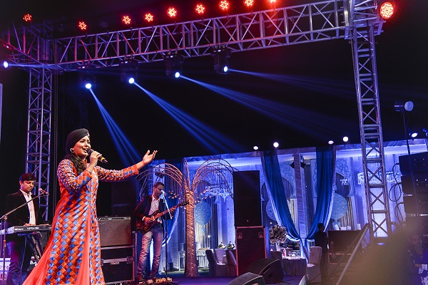 Harshdeep Kaur & Dhruv Sangari Perform At Mughal Themed Sufi Night By VOWS
