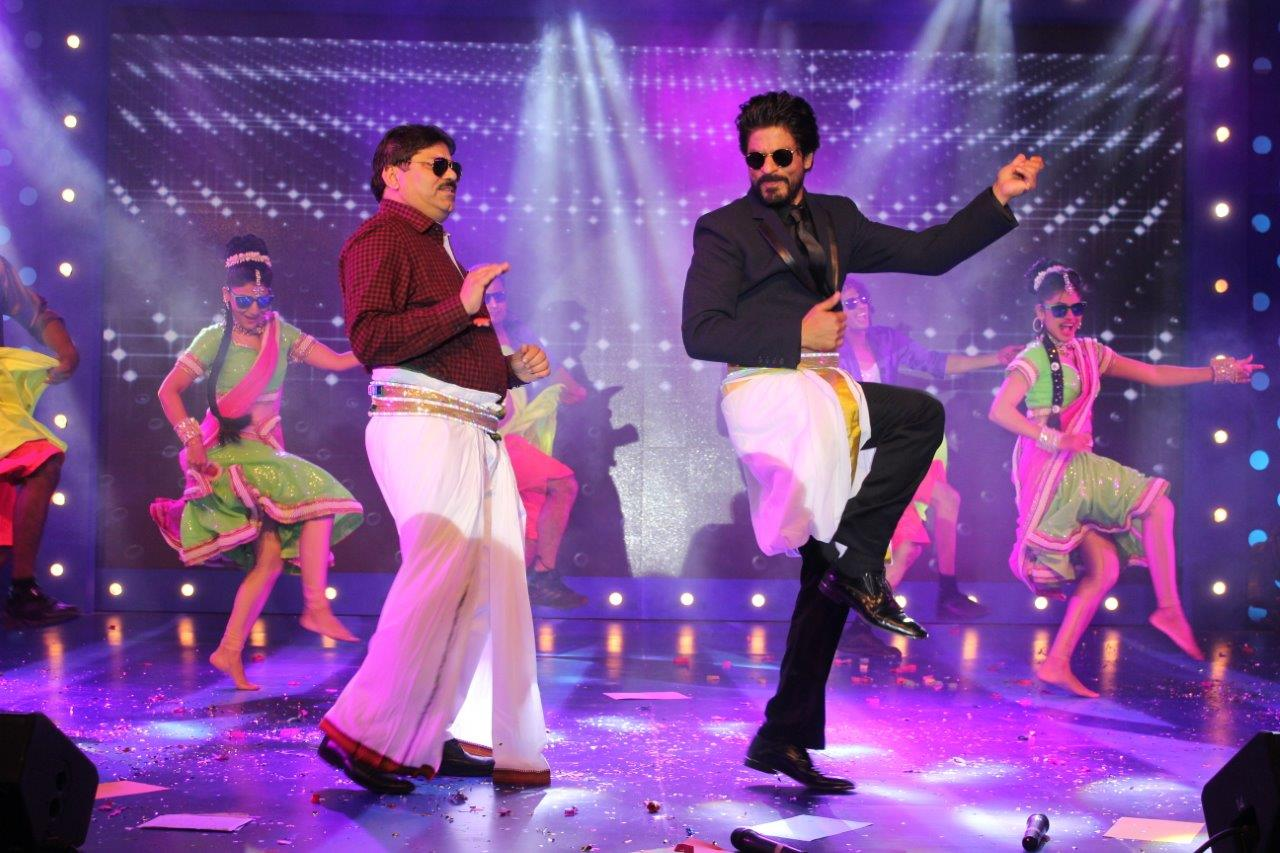 Cineyug Executes 'DHFL Meet SRK' in Mumbai