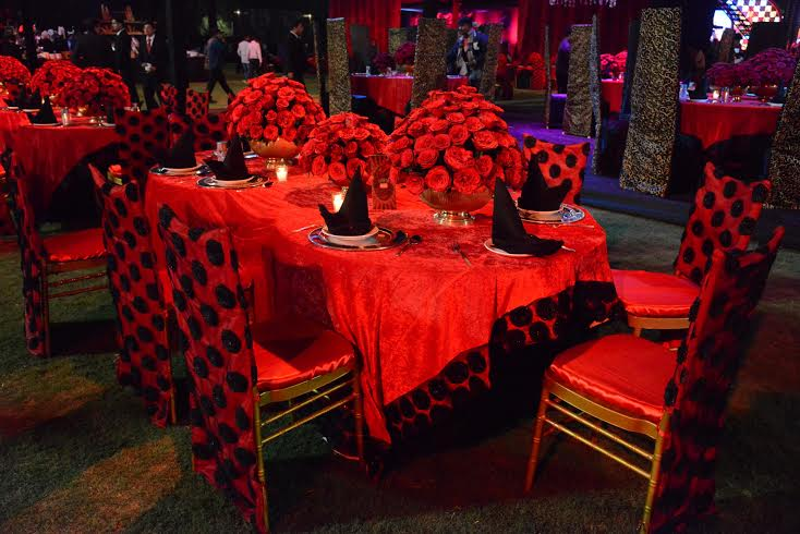 Bombay Velvet themed Sangeet by Prasang Sees Jail Inspired Setup Fused With Retro Elements!