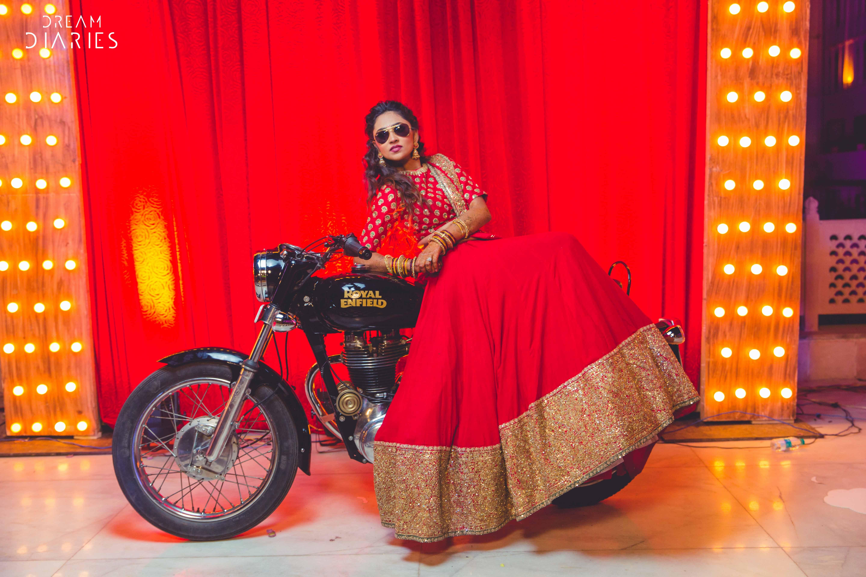 A Ram Leela Mehendi, A Firangi Fiesta, Crazy Entries, Unique Photo Ops & More By F5 Weddings!