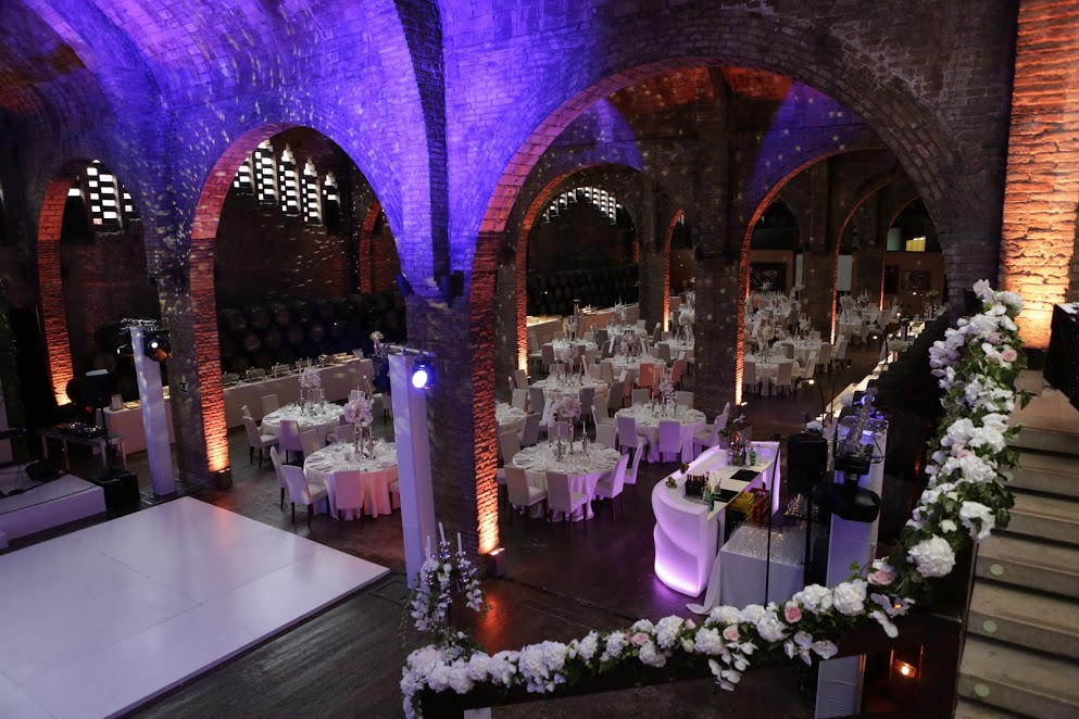 BARCELONA BASH: Innovative Entertainment & Elegant Decor By Wedniksha in Barcelona!