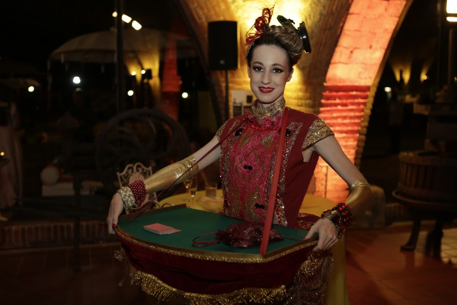 BARCELONA BASH: Innovative Entertainment & Elegant Decor By Wedniksha in Barcelona!