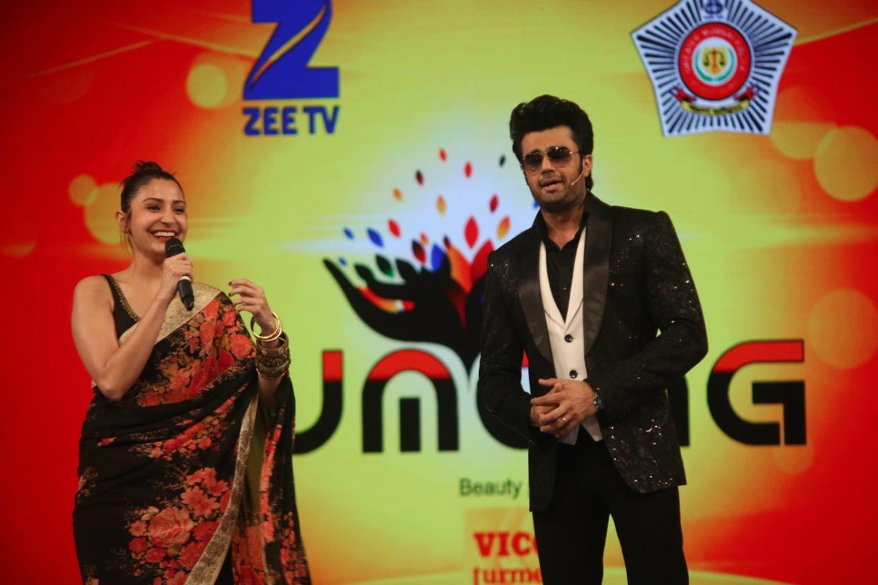 Cineyug Brings Bollywood and India's Top Artistes Together for the Umang Mumbai Police Show