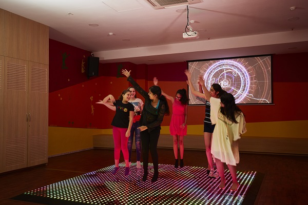 Kickstart Entertainment Rocks the Launch of Let's Play in Mumbai