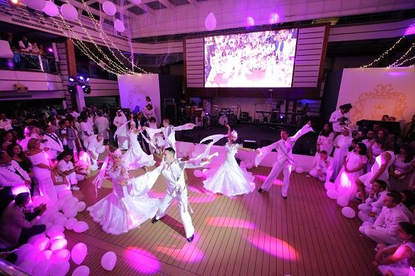 Inside the Adel-Sana Cruise Wedding by Wedniksha! Stunning Shots by BadalRaja Photography