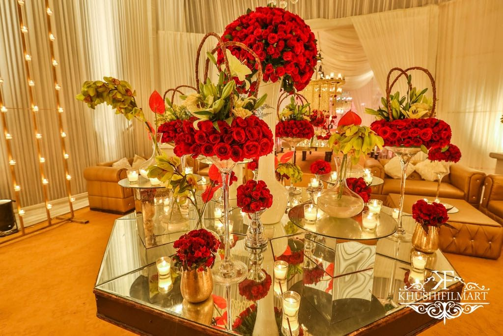 An Absolutely Neat Maharaja Themed Wedding Drenched In Red White Gold Designed By