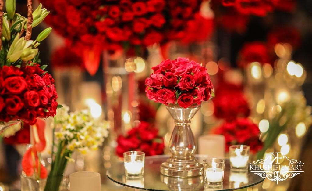An Absolutely Neat Maharaja Themed Wedding Drenched In Red