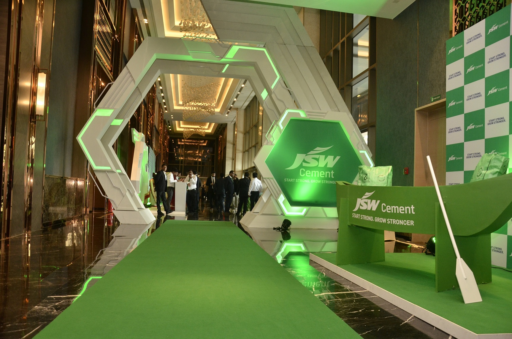 JSW Cement Celebrates Salboni Plant Launch in Kolkata; Managed by ITW Playworx
