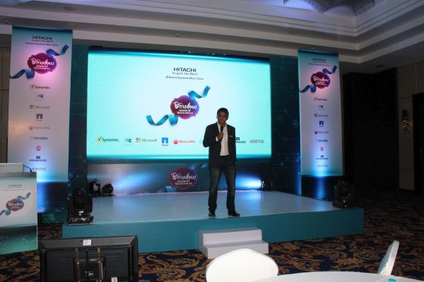 AForPineapple Crafts A Thrilling Adventure For Hitachi Bandhan 2.0