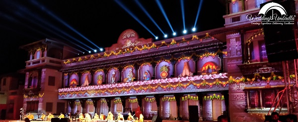 Wedding Umbrella Delivers One of a Kind 3D Projection For This Temple Wedding at Sarangpur