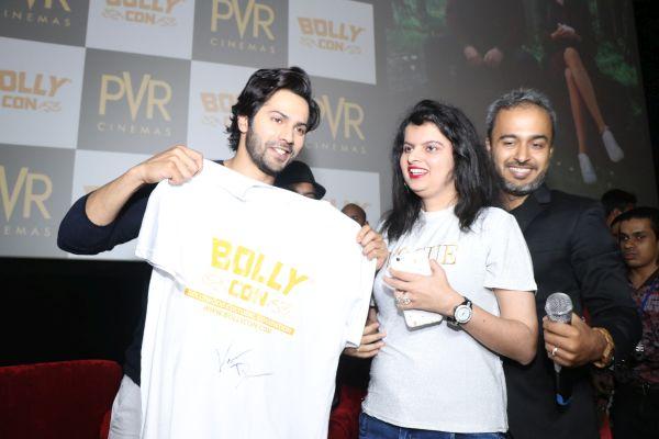 BollyCon Organises Special Fan Club Screening of