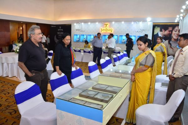RealShow Delivers a State of Art Jewellery Show at the