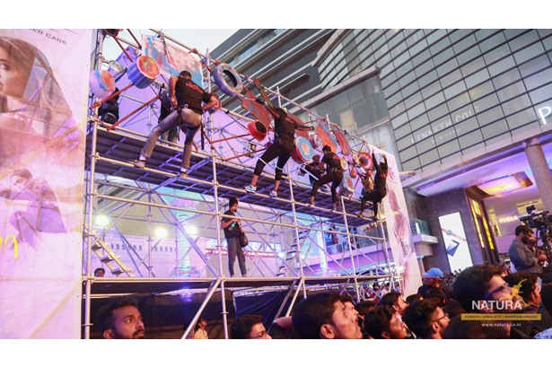 Natura executed a unique scaffolding act at the 'xXx: Return of Xander Cage' India Premiere in Mumbai.