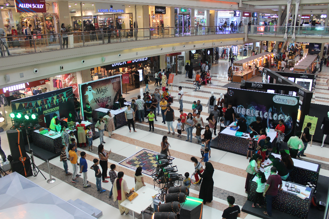 ScienceUtsav executes Children's day carnival at Korum mall- Thane, Mumbai