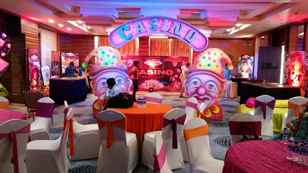 An Intimate Casino Themed Birthday Celebration By Dreams 2 Themes
